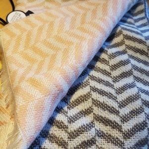 Large Land's End scarf NWT